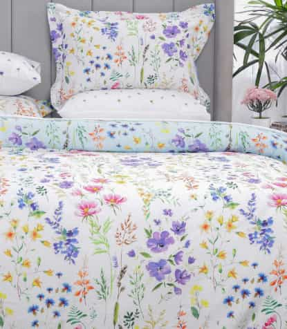 Cool Floral Bed Sheet Design for Summer
